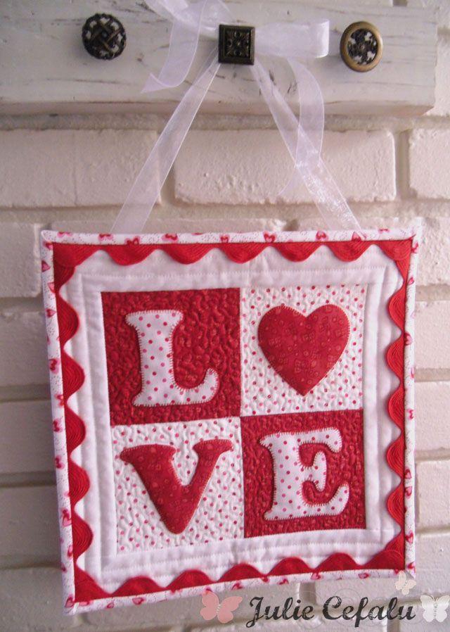 Free Quilt Pattern LOVE letters mini