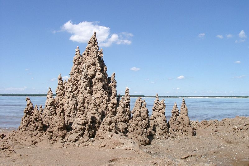 my dad would make the most amazing drip sandcastles he would be rh pinterest com