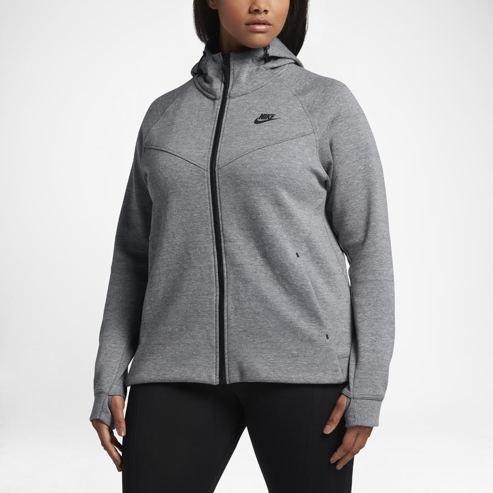 Nike Sportswear Tech Fleece (Plus Size) Women's FullZip