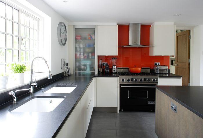 Moderne Küchen Weiß Graue Küchengestaltung Mit Roten Akzenten