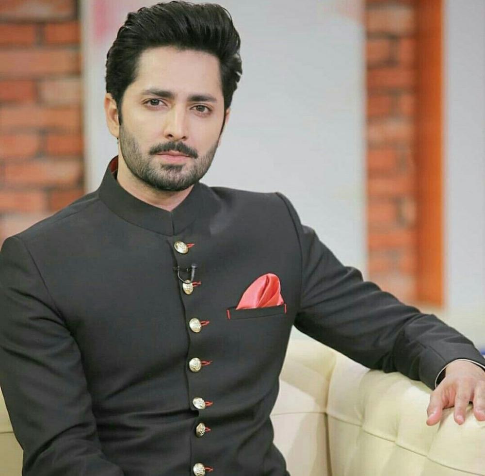 Short Height Pakistani Male Actors Showbiz And Fashion Indian Men Fashion Designer Suits For Men Mens Fashion Suits [ 981 x 1000 Pixel ]