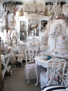 Ocean Beach Antique Mall : ocean, beach, antique, Visit, VIGNETTES, Ocean, Beach, Shabby, Style,, Decor,