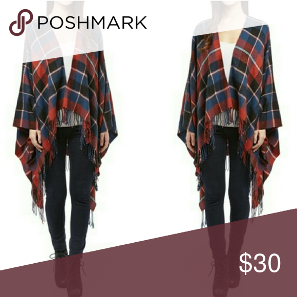 Plaid poncho Lovely plaid poncho is great for fall! Looks great with jeans and boots! Accessories Scarves & Wraps