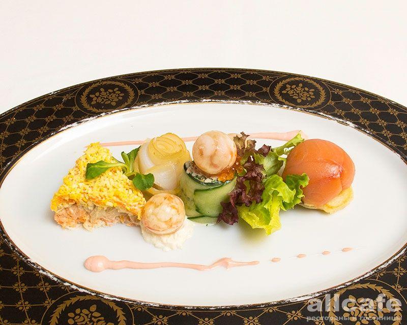 Салат с форелью холодного копчения