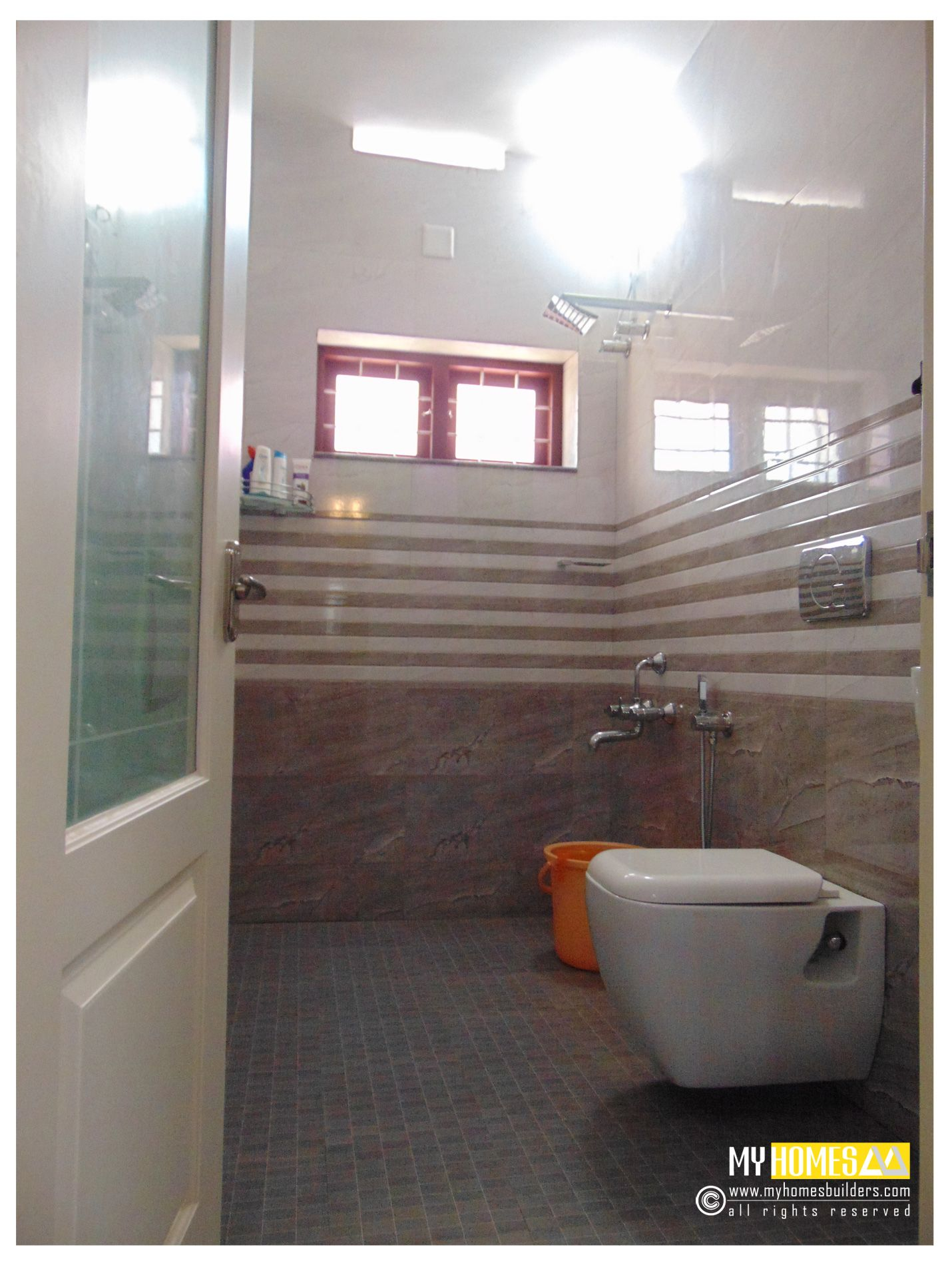 Kerala homes bathroom designs top bathroom interior for Best house interior designs in india