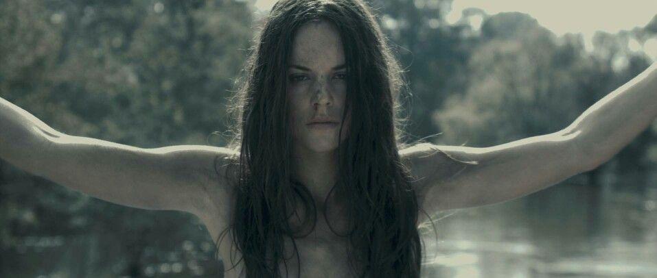 Jennifer Hills I Spit On Your Grave Sarah Butler The Stranger Movie Horror Movie Trailers