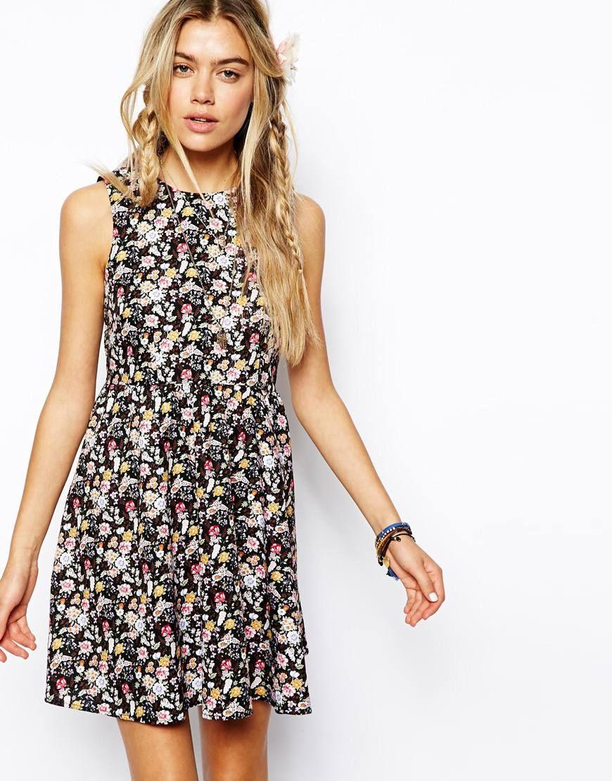 Vintage Smock Dress In All Over Floral Print