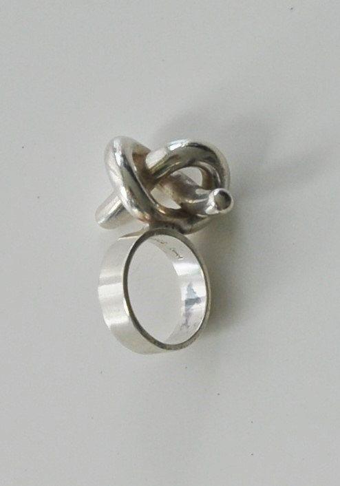 Scandinavian modern Vintage sterling silver ring with Garnets