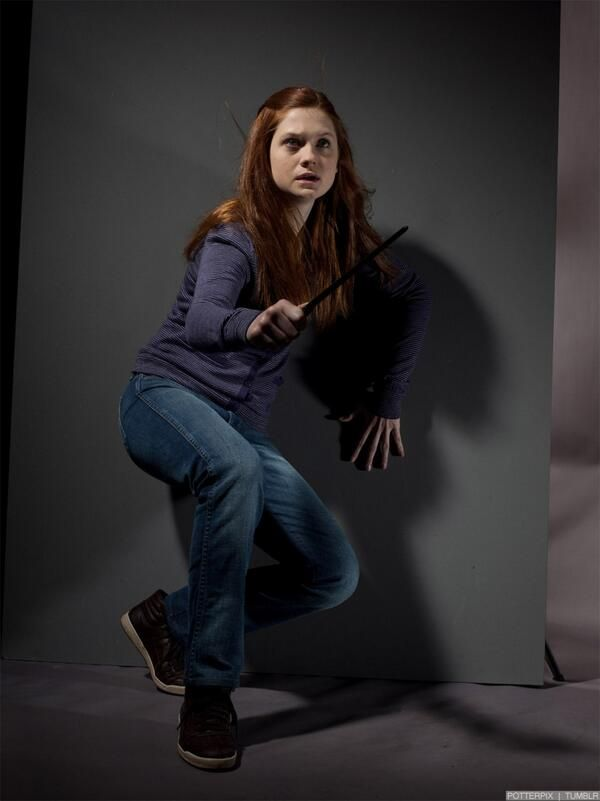 Bonnie Wright In Harry Potter Wallpapers Freshwallpapers Harry Potter Ginny Bonnie Wright Harry Potter Ginny Weasley