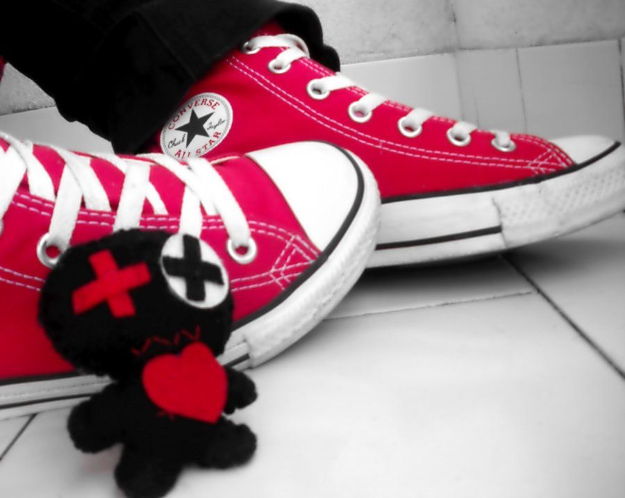 Emo Converse by ~PiiUi on deviantART