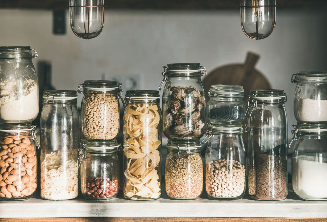 how to set up a zero waste pantry savvymom in 2020 kitchen food storage food pantry food on kitchen organization zero waste id=93902