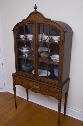 Berkey Gay Furniture Antique Dining Set Table Chairs Hutch