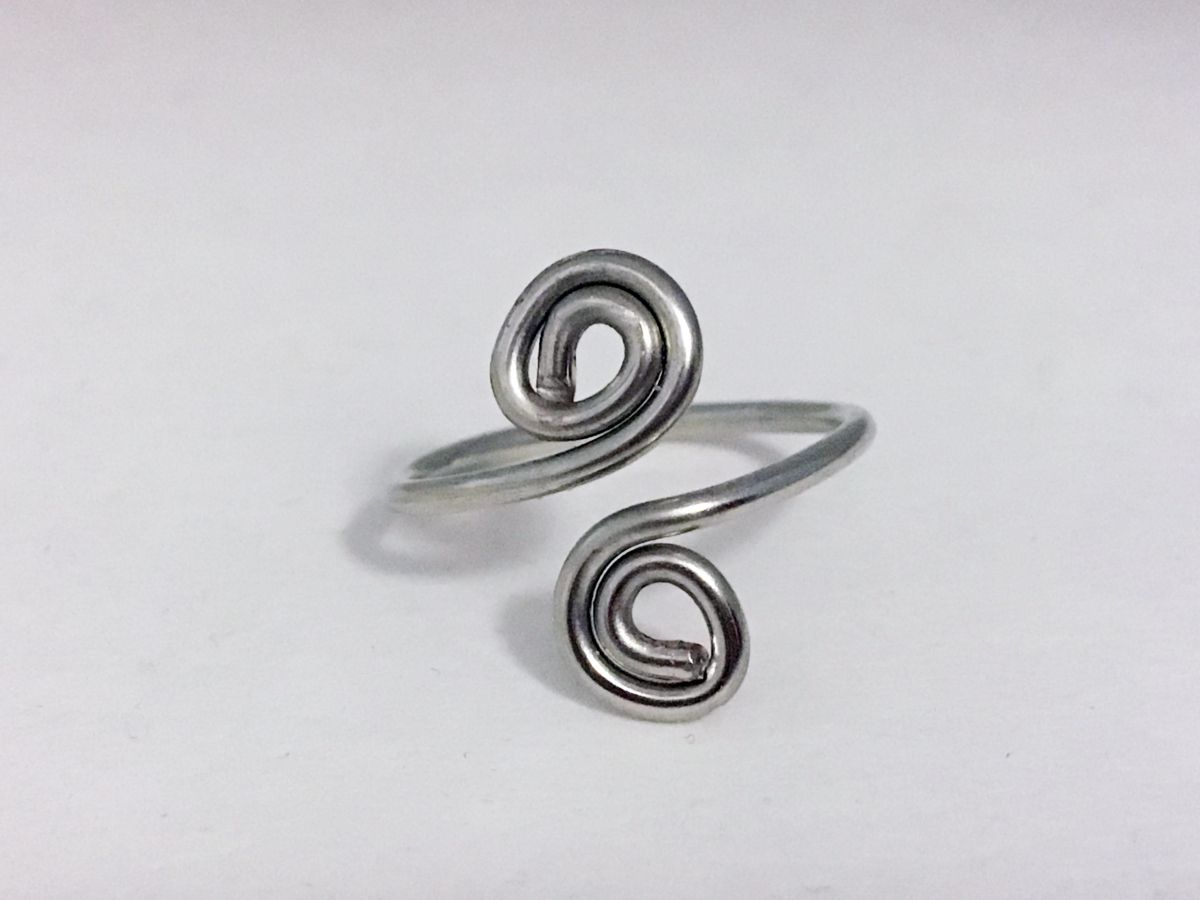 DIY Swirl Wire Wrapped Toe Ring | Toe rings, Wire wrapping and Diy ...