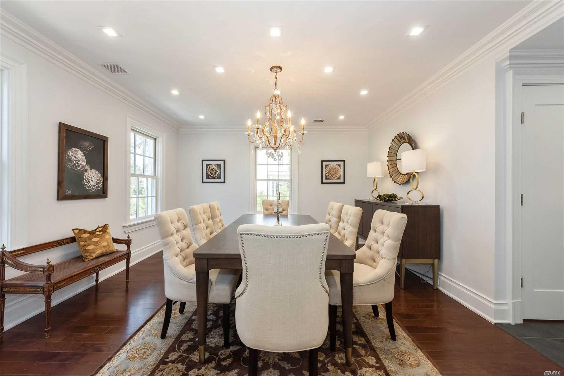 25a Hilton Ave, Garden City, NY, 11530 Property Listing