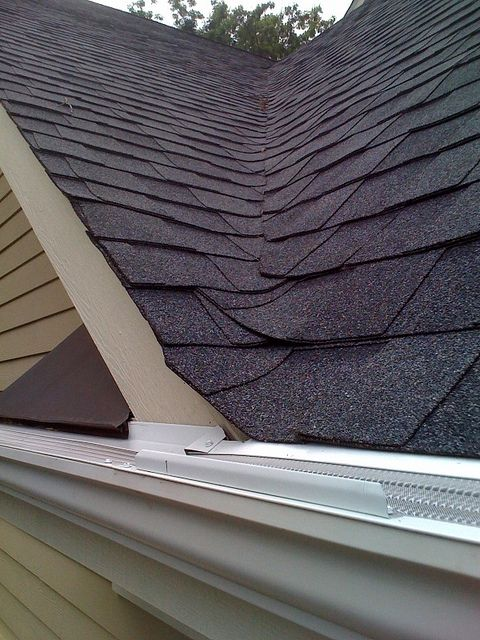 Keep Your Home Safe And Dry With Gutters Http Stlouisgutters Hubpages Com Hub Gutters Will Keep You And Your Gutters How To Install Gutters Seamless Gutters