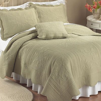 Country Cottage Solid Sage Green Matelasse Twin Queen King Quilt Bed Bedding  Set