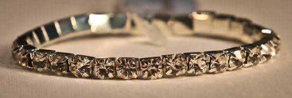 Silver Crystal 1 row bracelet. Perfect sparkling simplicity. www.yorkpromenade.com