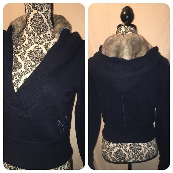 Hollister Cropped Hoodie  XS  Fur Hood   Hollister Cropped Hoodie  XS  Fur Hood  Sorry Not Trading or Holding/ No Low Balling  Hollister Tops Sweatshirts & Hoodies