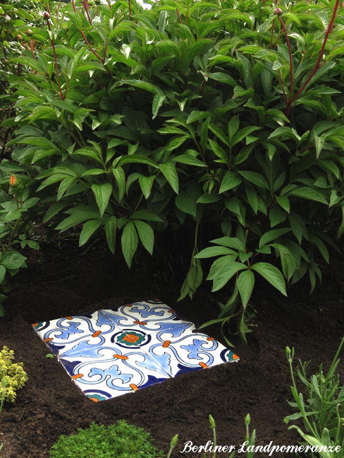 DIY: Waschbetonplatten verschönern DIY: concrete stepping