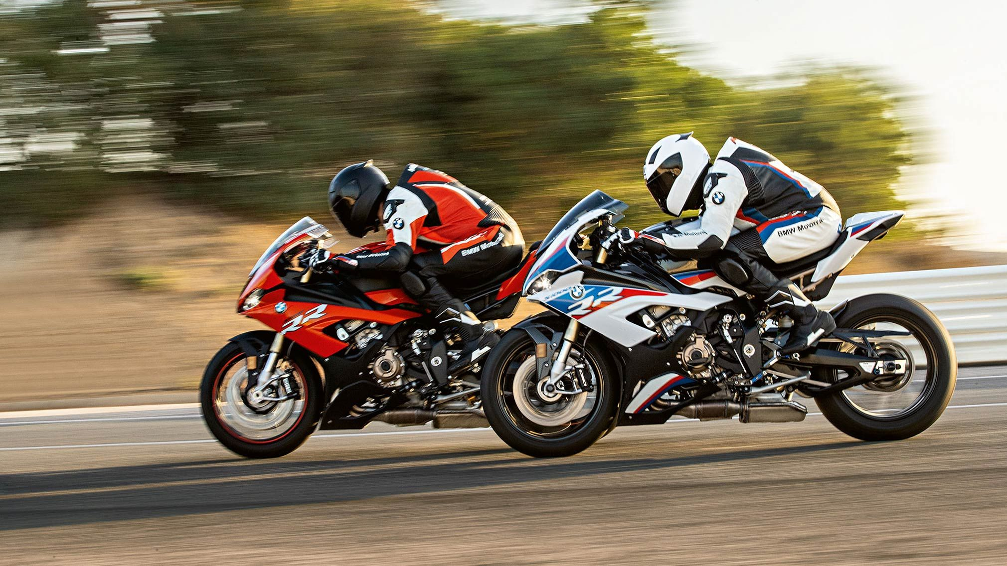 Positive Mid Season Review In The New Bmw S 1000 Rr S Maiden Season Munich This Weekend 5th To 7th July Marks The Start O Bmw S1000rr Bmw Motorrad New Bmw