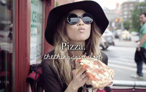 Pizzaaaaaa. Yummmm:)
