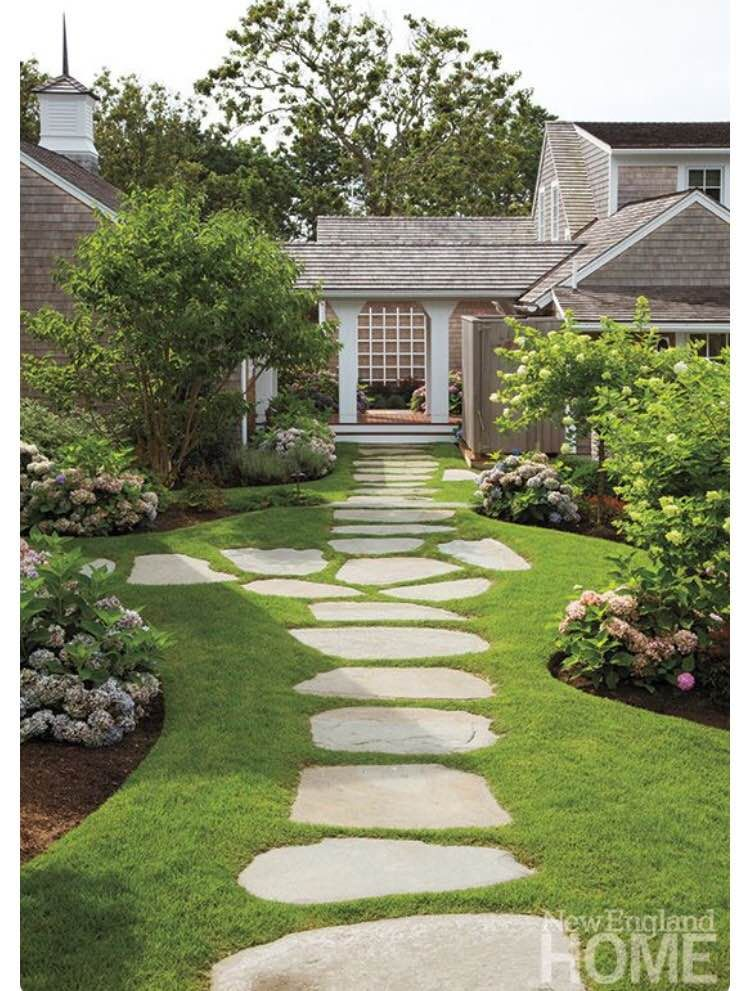 Walkway idea and landscaping design