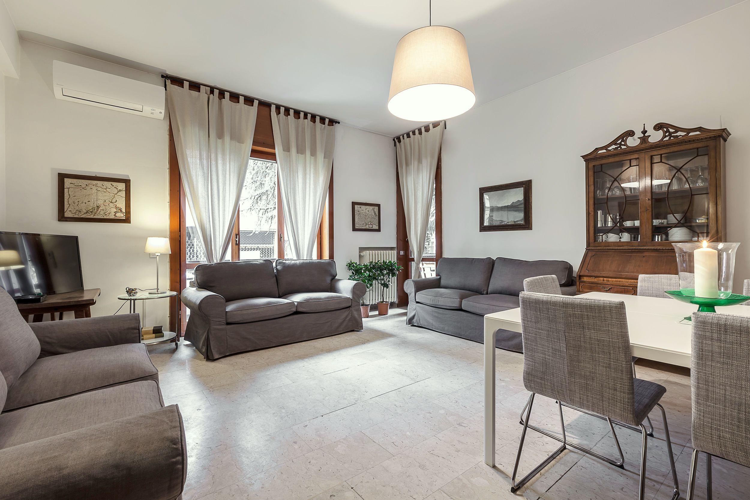 Un'accogliente e grande casa in affitto per brevi periodi