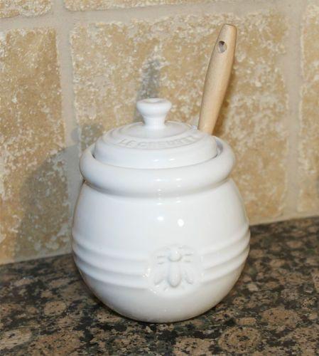 White Le Creuset Honey Pot Jar Condiment Dipper RARE COLOR Stoneware Honeypot