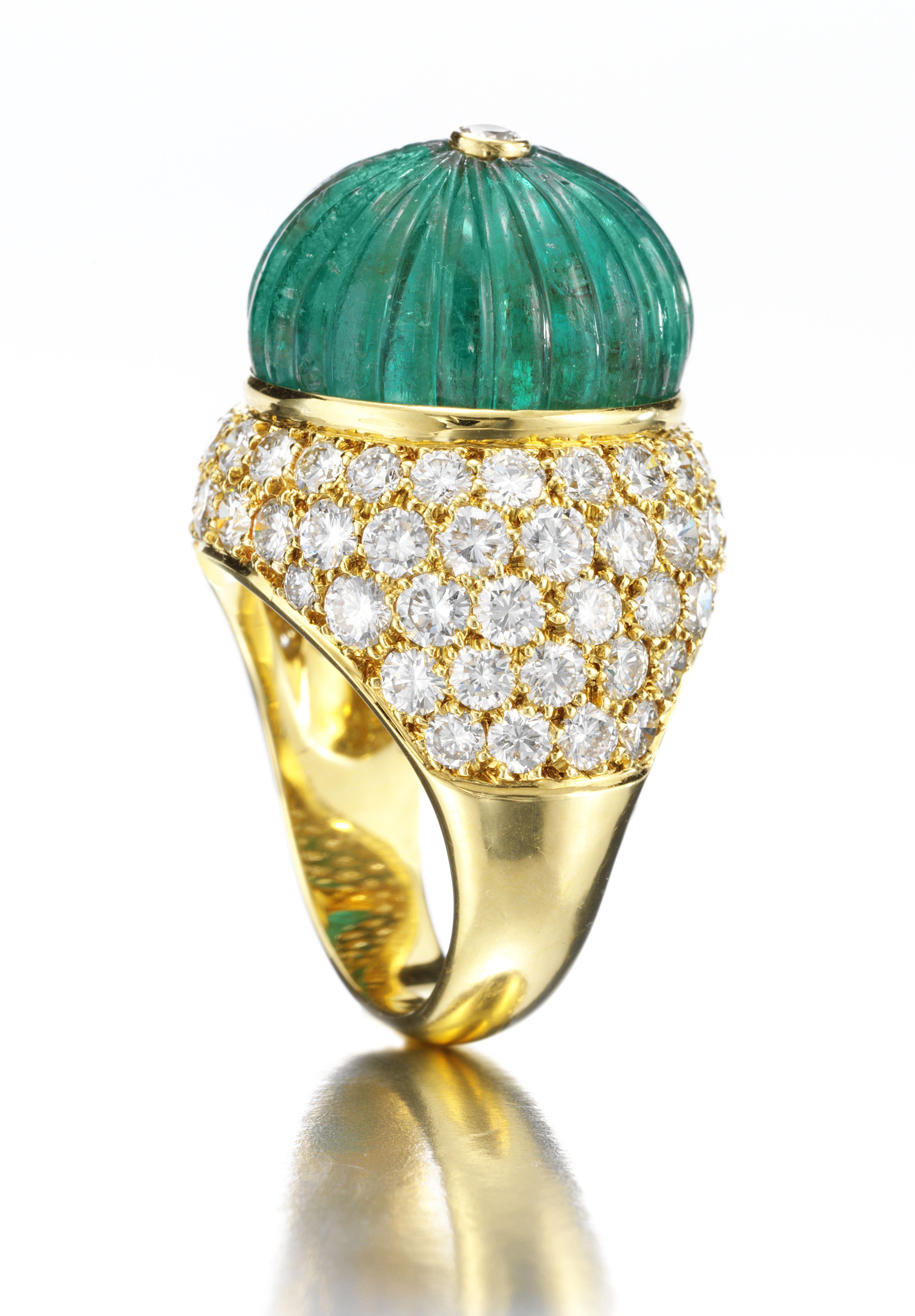 Van cleef amp arpels vca 18k yellow gold ruby cabochon amp diamond - Van Cleef Arpels A Carved Fluted Emerald Bead Diamond Gold Bomb Ring Signed Van Cleef Arpels And Numbered N