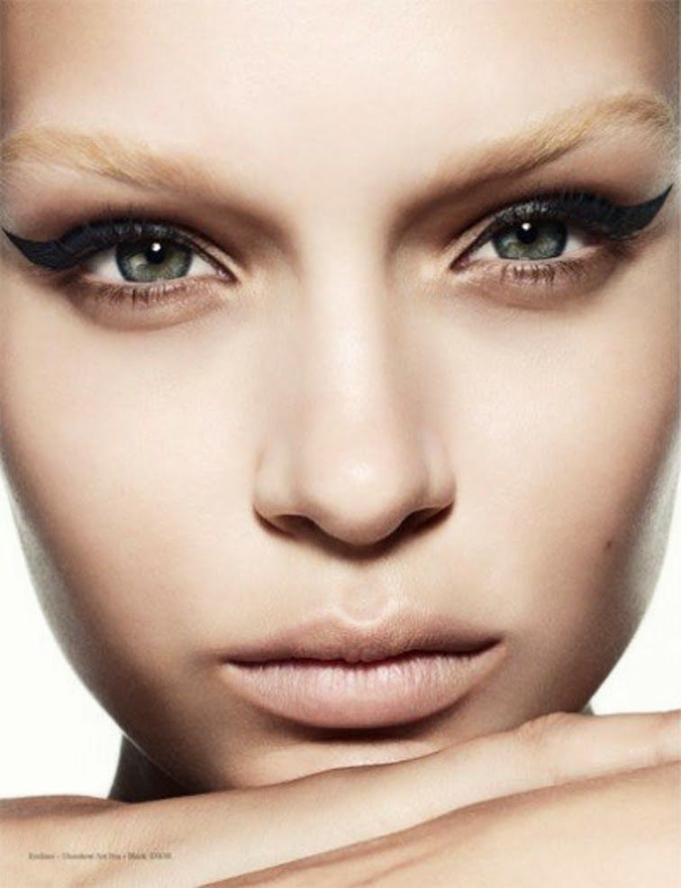 Cat eye, nude lip, dewy complexion.  Josephine Skriver for Narcisse Magazine, photographed by Marcus Ohlsson.