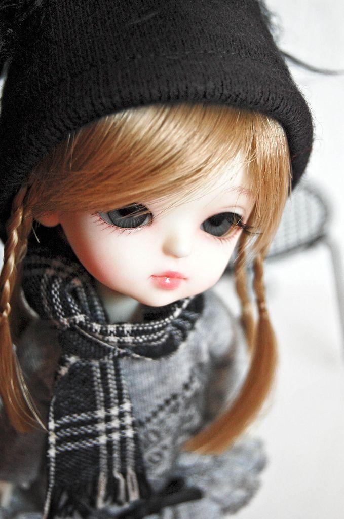 Winter For Lati Lati Yellow Haewon New Barbie Dolls Cute Dolls Cute Girl Hd Wallpaper