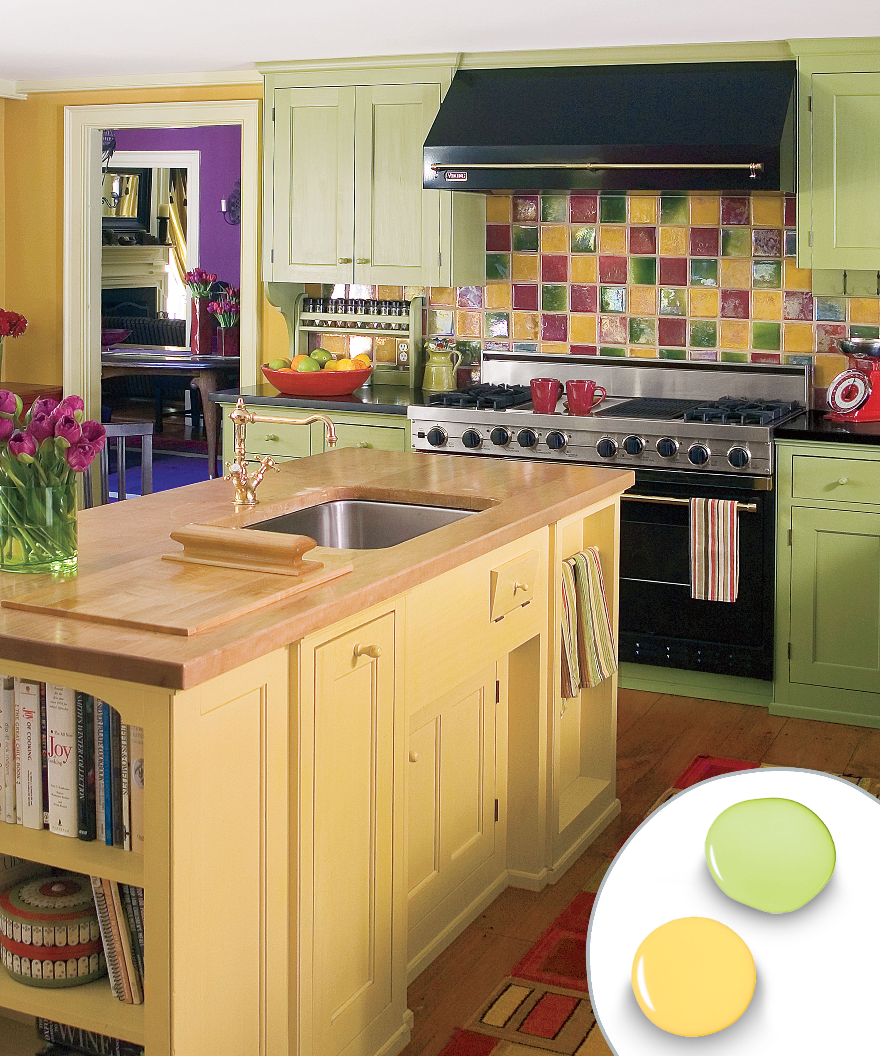 12 kitchen cabinet color combos that really cook kitchen cabinet colors kitchen cabinet on kitchen cabinets color combination id=18222