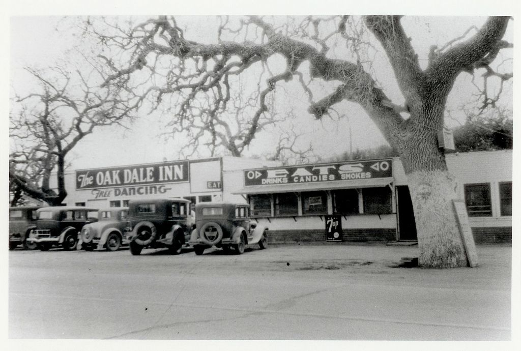 https://flic.kr/p/9gJ1Ld   Oak Dale Inn, 1938   1938 Thousand Oaks Post Office opens in Oakdale Dance Hall and Saloon. Six months later it would become the Oakdale Market due to numerous brawls.  Photo donated by Conejo Recreation and Park District. Conejo Through the Lens, Thousand Oaks Library Special Collections . Photo ID # CTLcpr02.  There are no known U.S. copyright restrictions on this image. The Thousand Oaks Library requests that, when possible, the credit statement should read…