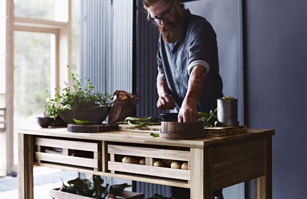 Ikea Bartisch ikea skogsta möbel und accessoires aus akazienholz interiors