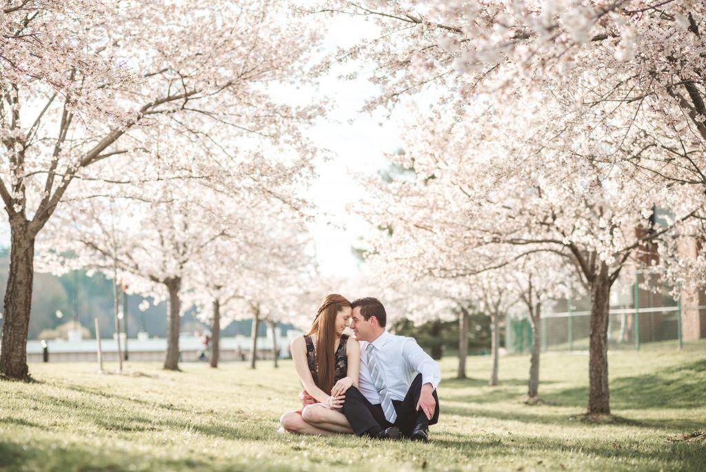 The Best Ohio Wedding Photographer Photos In Athens And Columbus Ohio Athens Ohio Ohio Wedding Photographer Professional Wedding Photographer