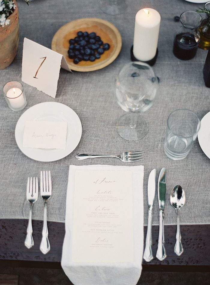 Simplistic Farm Wedding I Styling/Flowers/Planning : Abany Bauer I Paper & Calligraphy : Brown Linen Design I Rylee Hitchner photography