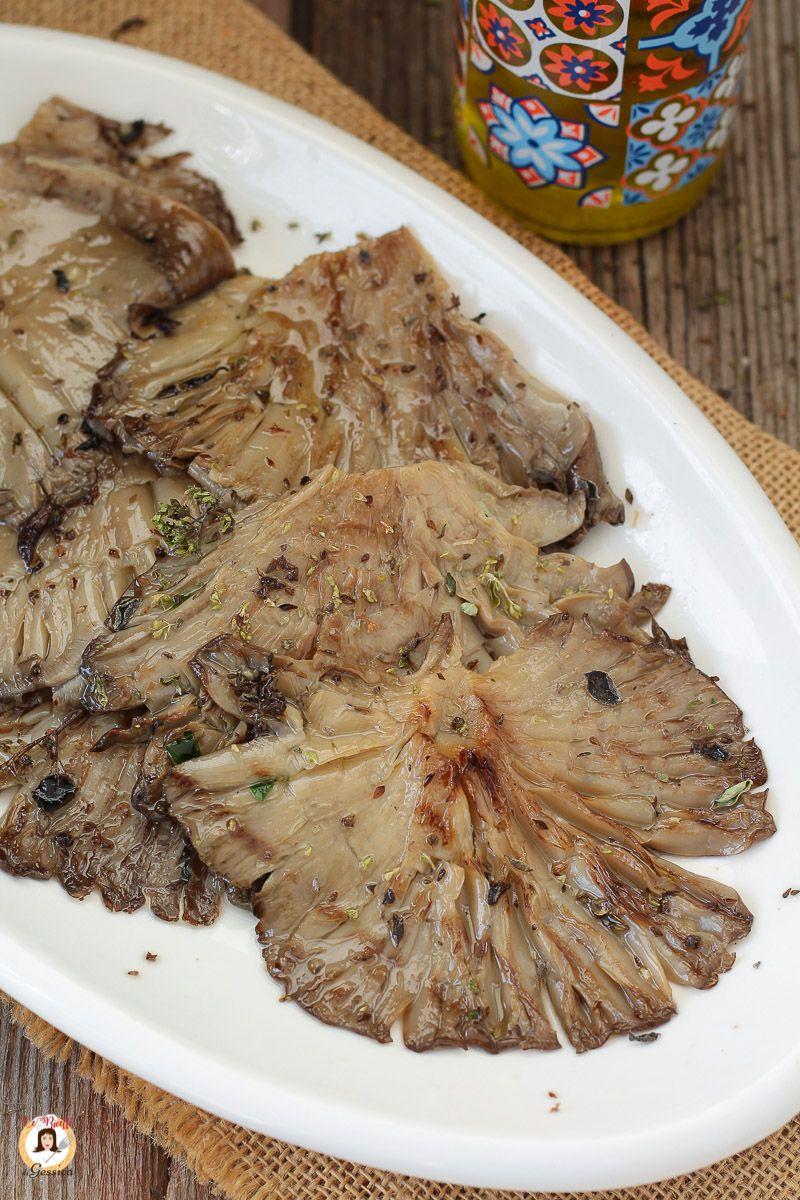 I Funghi Pleurotus Arrosto Sono Un Antipasto O Un Contorno Leggero E Saporito I Funghi Pleurotus Bianchi E Carnosi C Ricette Ricette Contorni Idee Alimentari