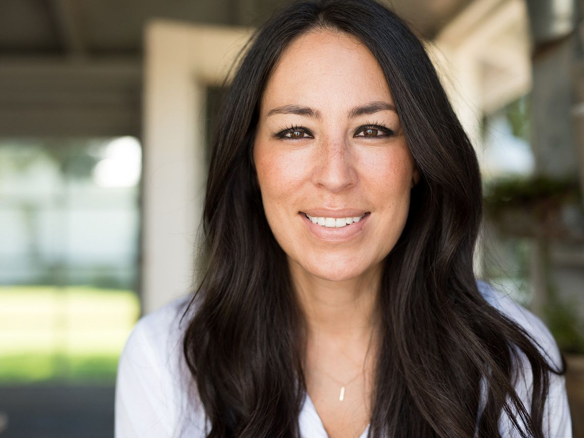 Joanna Gaines Just Teased New Magnolia Home Items On Instagram Fixer Upper Joanna Gaines Chip And Joanna Gaines Joanna Gaines