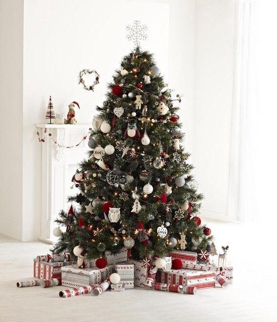 Christmas Tree Decorations Myer Christmas Decorating Christmas Tree Red And Silver Silver Christmas Tree Christmas Tree Inspiration
