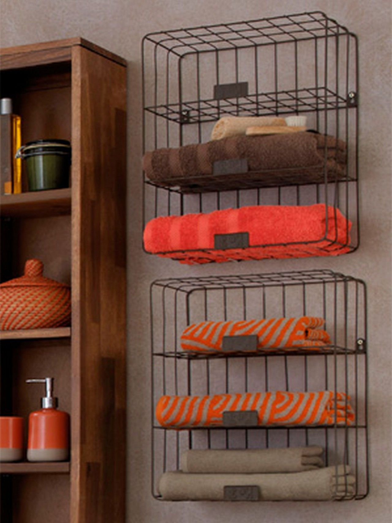 Adorable Wall Mounted Iron Rail Towel Storage Feature Wooden ...