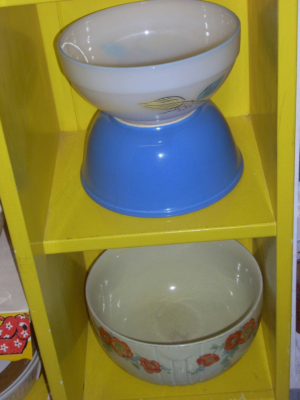 I love bowls ~  www.jazzejunque.com
