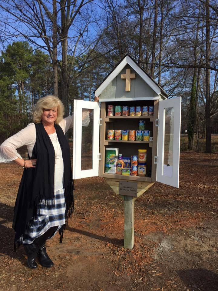 church food pantry items