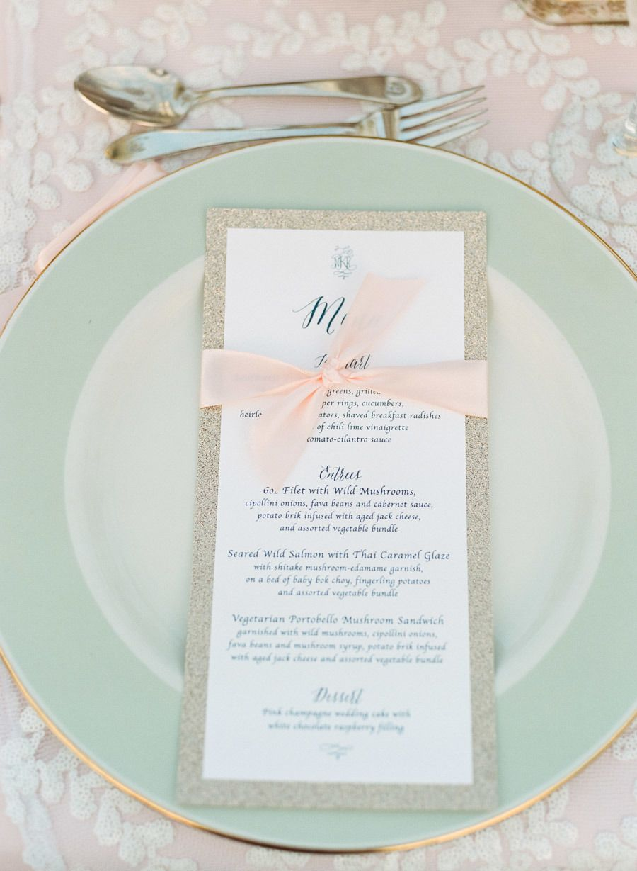 Photography Jeff Loves Jessica Jefflovesjessica Read More Http Www Stylemepretty 2017 01 29 Chic Lakeside Country Club Wedding