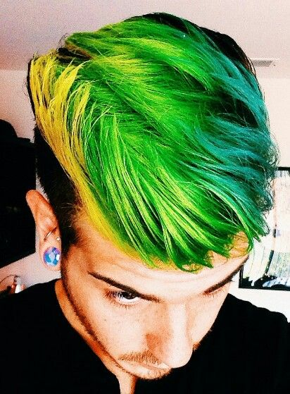 Half Black And Half Green Hair Green Hair Half Colored Hair Hair Color Pictures