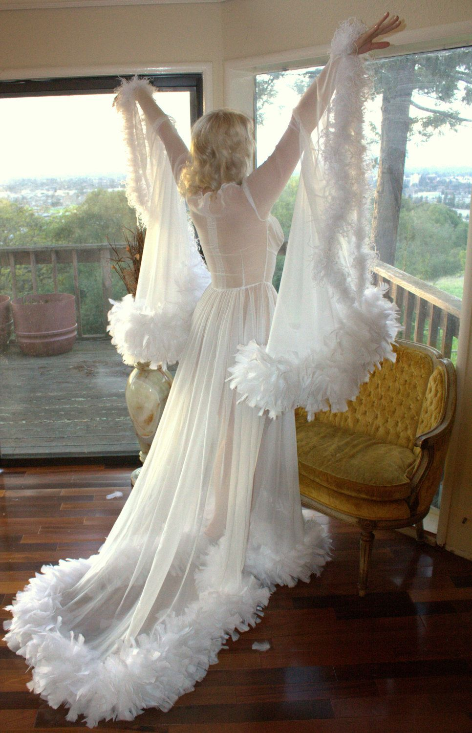 Custom bridal hollywood starlet dressing gown maribou and for Wedding dress with ostrich feathers