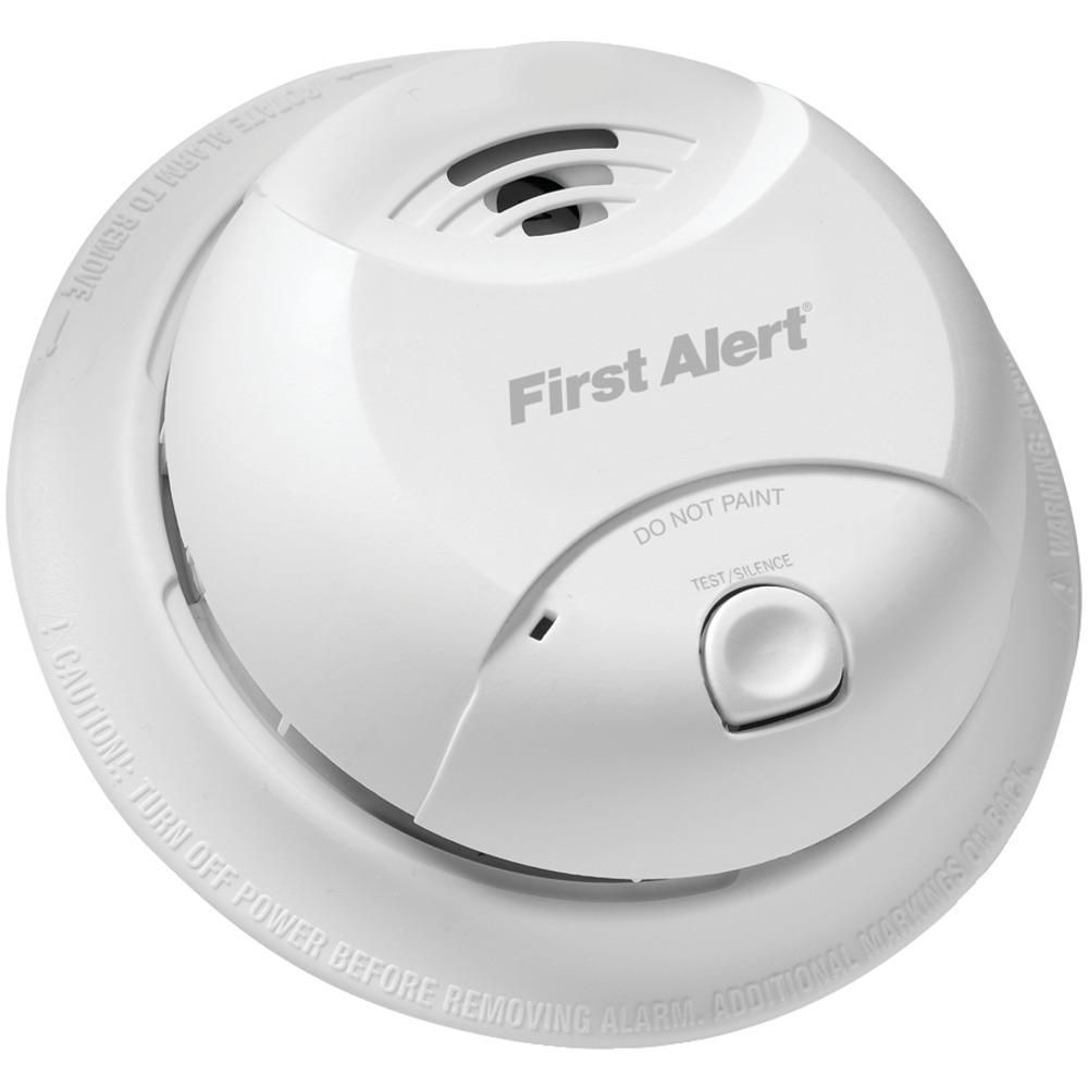 First Alert 10 Year Sealed Battery Ionization Smoke Alarm Smoke Alarms Alarm Cool Things To Buy