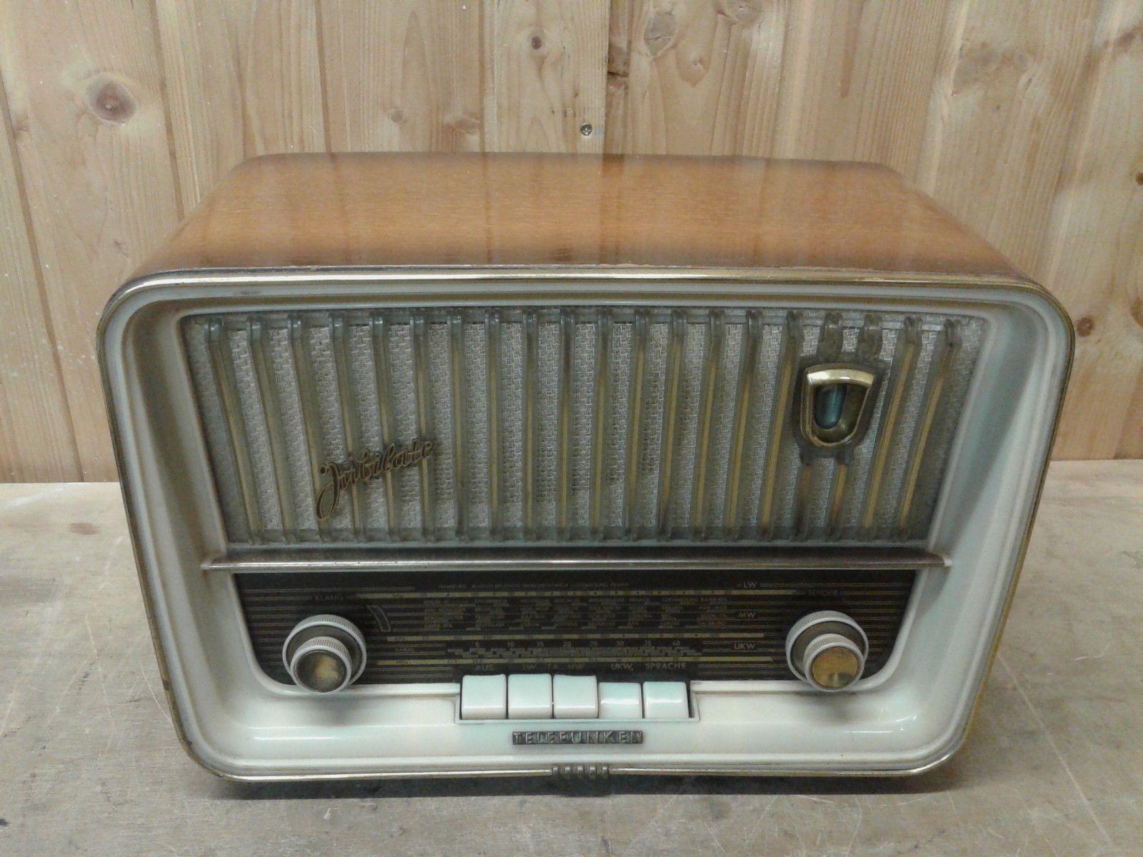 Röhrenradio TELEFUNKEN \