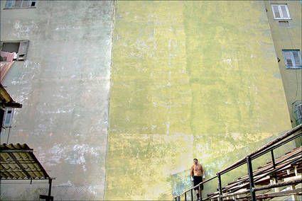 """Cuba, La Havane  """"Boxeur au pied du mur"""""""