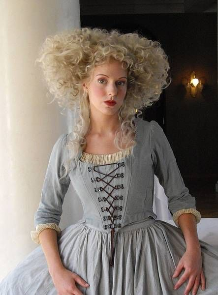 1790 hairstyles Google Search Coiffures historiques, S