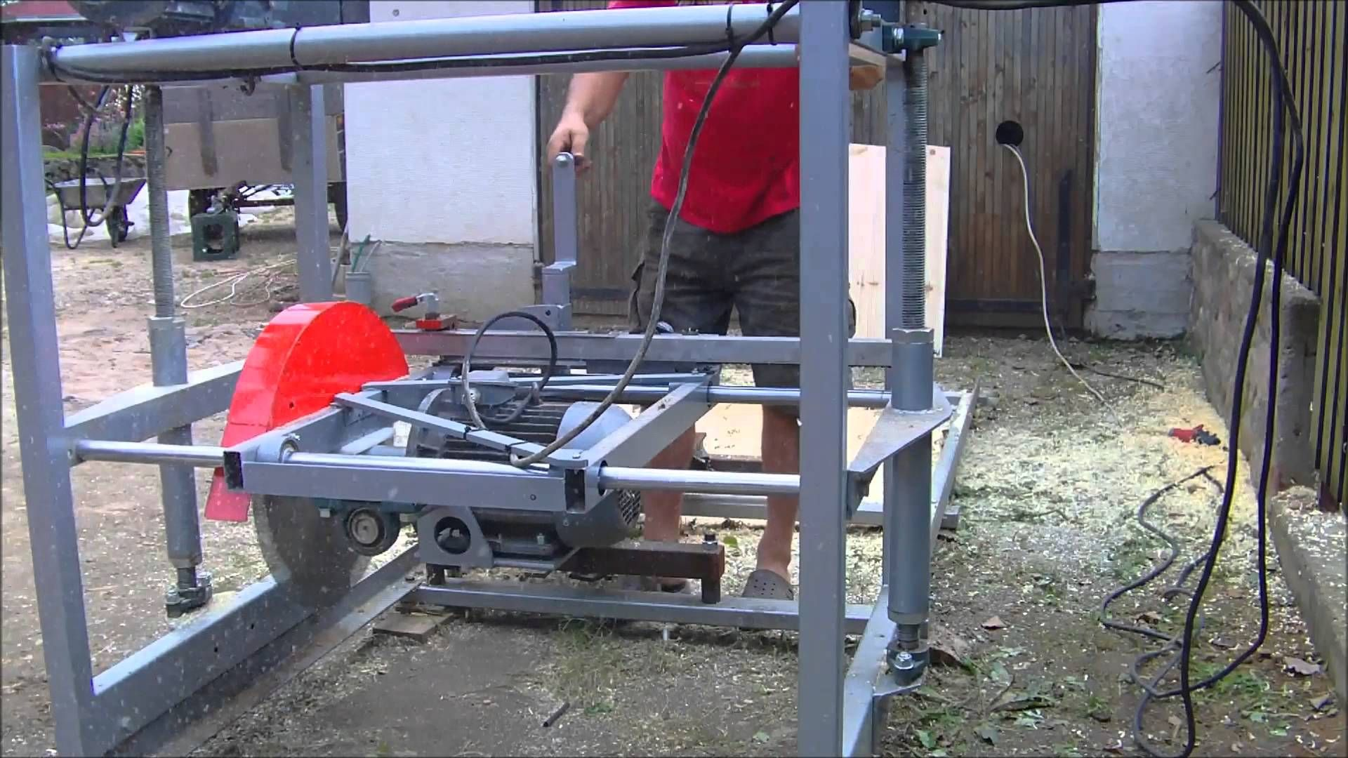 how to build a sawmill